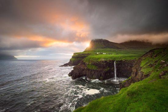 Фарерські острови знову закриють для туристів