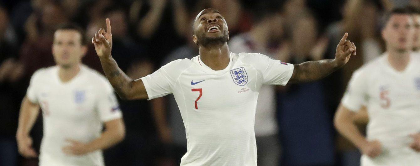 Футболиста сборной Англии вернули в команду после отстранения из-за конфликта