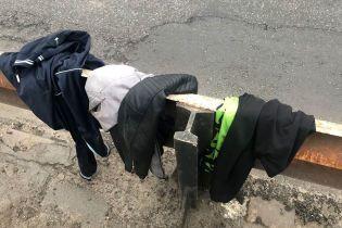 В Кременчуге самоубийца разделся, а потом спрыгнул с моста в Днепр