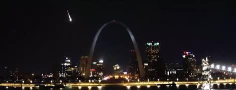 Над США пронесся яркий метеор: американцы делятся фантастическими видео