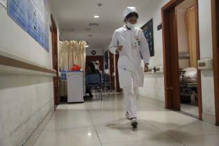 У Китаї збільшилася кількість загиблих від невідомої форми пневмонії