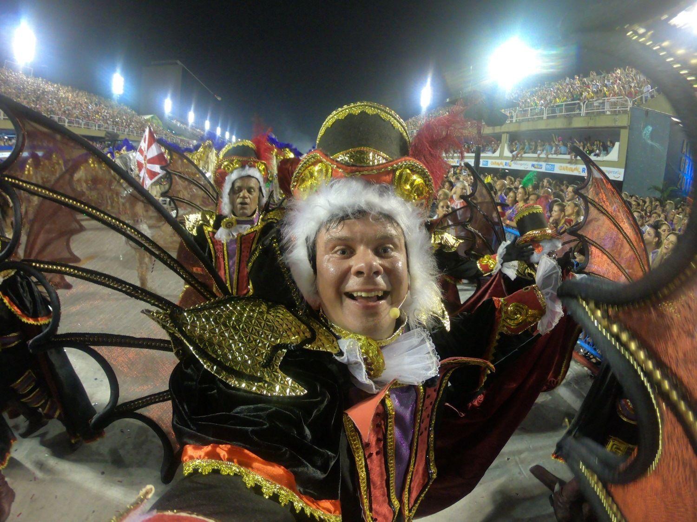 Дмитро Комаров, карнавал