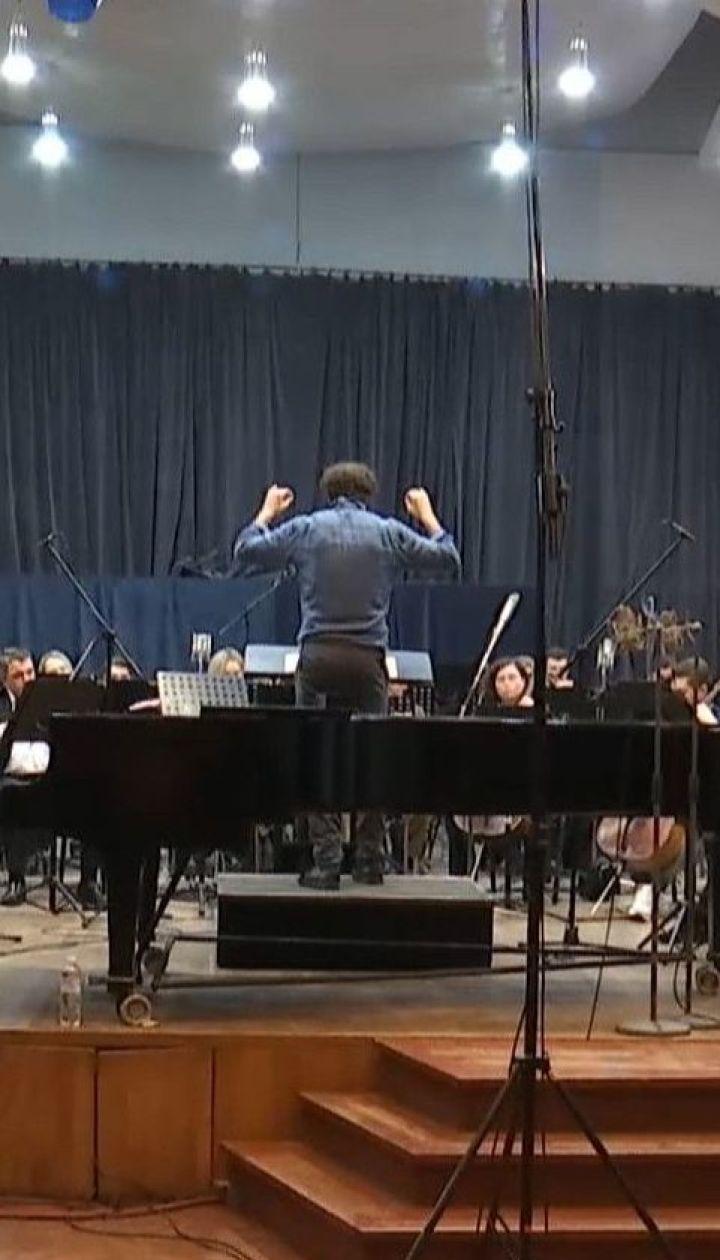 Без зарплат та з боргами: Державний естрадно-симфонічний оркестр нарікає на брак фінансування