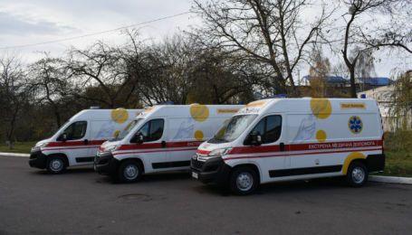 Волынские больницы получили восемь новых автомобилей скорой помощи