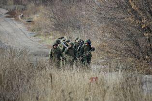 З Росії на Донбас прибули десяток танків і вагони з боєприпасами – розвідка
