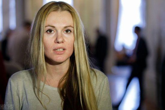 """Новий скандал у """"Слузі народу"""". Чому Скороход і її чоловік Алякін опинились у центрі гучного конфлікту"""