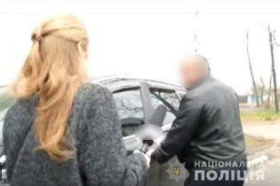 Наезд сельским головой на журналистов под Киевом: полиция открыла производство по статье о препятствовании деятельности СМИ