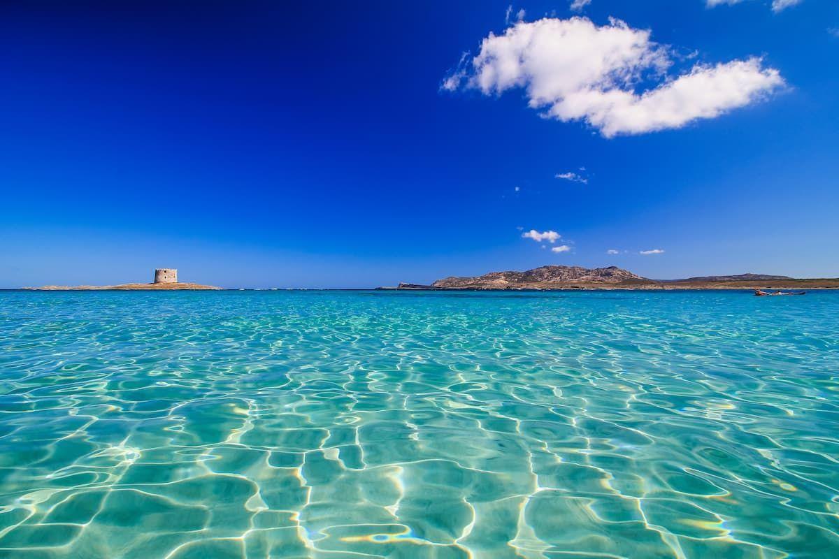 Пляж Ла-Пелоза, Сардиния. Италия