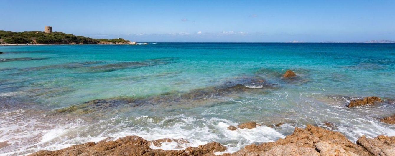 Найпопулярніший пляж Сардинії планують зробити платним