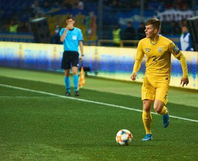 Сборная Украины на последних минутах вырвала победу над Эстонией