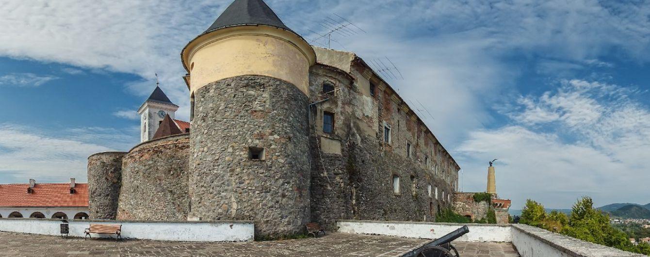 """В Мукачеве в известном замке """"Паланок"""" будут проводить новые экскурсии для туристов"""