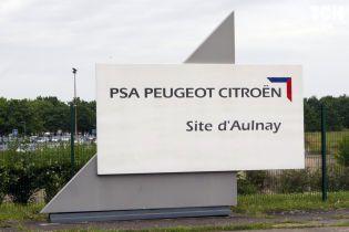 Заводам Peugeot-Citroen і Fiat-Chrysler загрожує тотальне закриття у Китаї