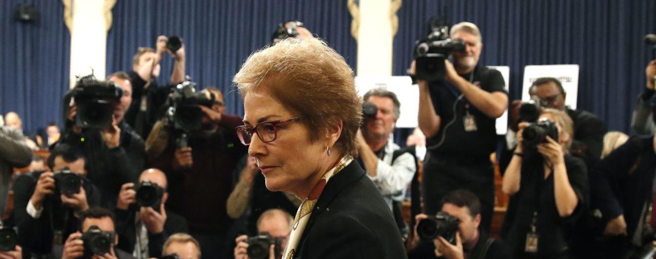 Колишня послиня США в Україні Марі Йованович подала у відставку з Держдепу