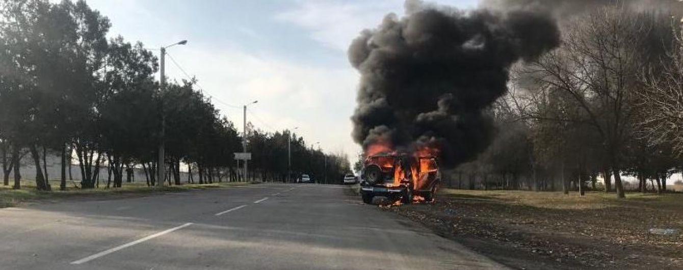 На Одещині вщент згоріла поліцейська автівка