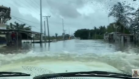 На Філіппінах зняли підводну поїздку Toyota Land Cruiser
