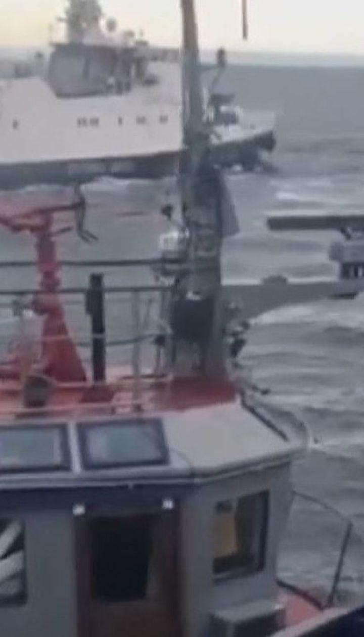ТСН вспомнила, как Россия захватывала украинские корабли в Черном море