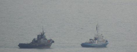 Поснимали плафоны, розетки и унитазы. Командующий ВМС Украины рассказал, в каком состоянии РФ вернула корабли