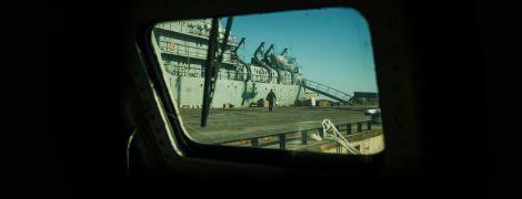 """""""Ці гаденята нас кошмарять"""". Як бойовий катер """"Кременчук"""" заважає росіянам блокувати українські порти і змушує їх лаятись"""