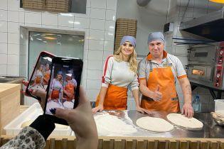 Певица Ирина Федишин показала, как впервые в жизни готовила пиццу