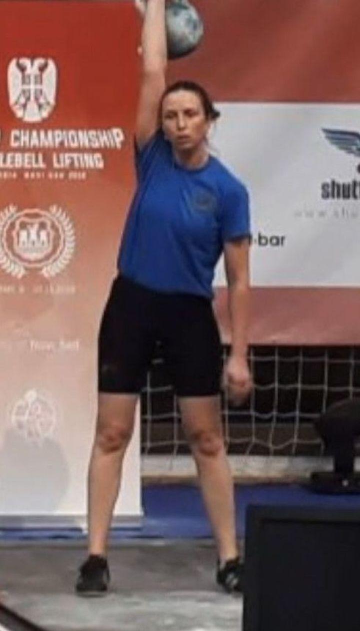 Українські поліцейська, школярка та дві студентки стали чемпіонками світу з гирьового спорту