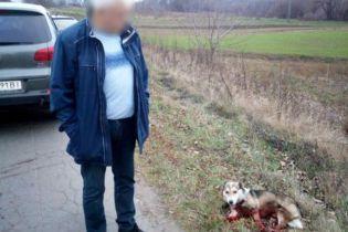 Чиновнику-живодеру, который тащил собаку по дороге, грозит до 8 лет за решеткой