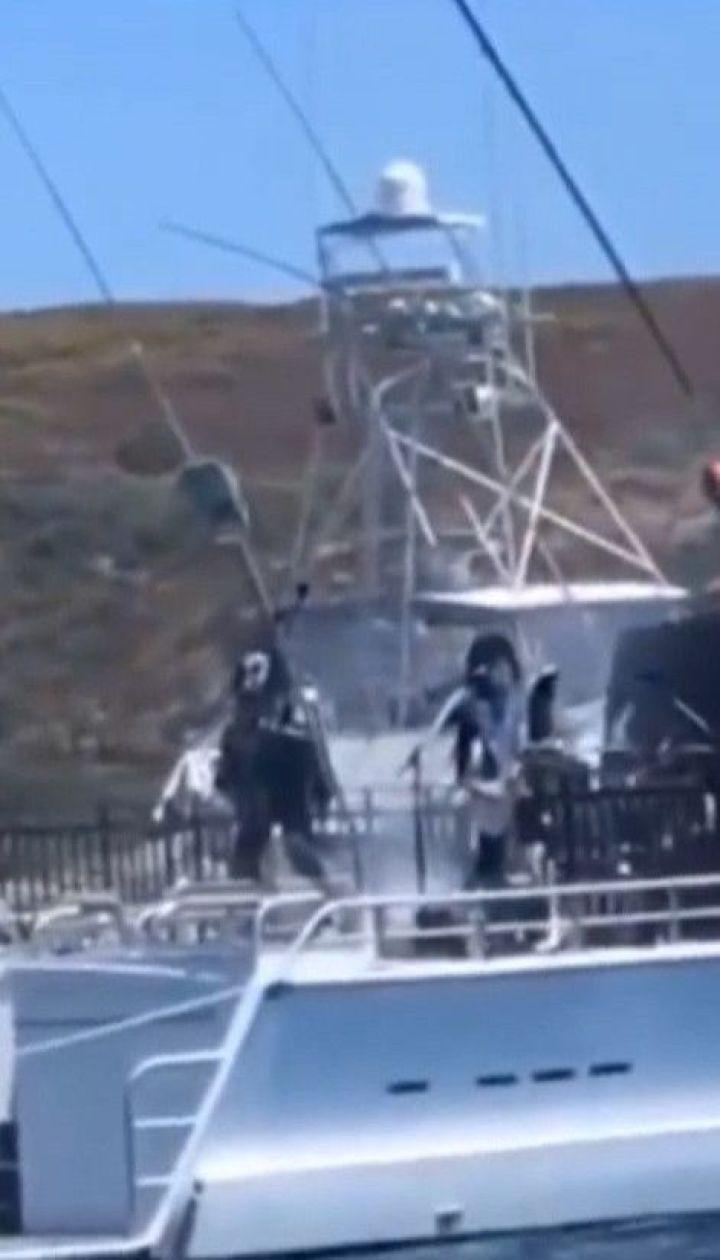 Концерт на яхті: рок-гурт KISS виконав пісні для білих акул в Австралії