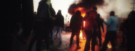 """Під час """"бензинових протестів"""" у Ірані загинули понад 100 осіб - правозахисники"""