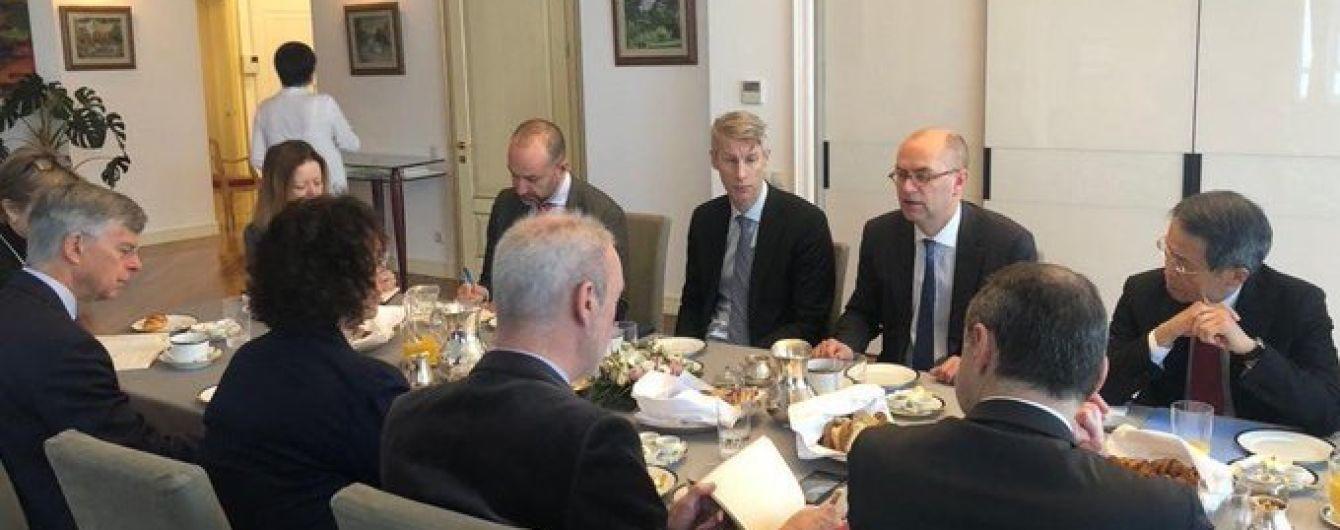 Повна підтримка угоди: посли G7 зустрілися з місією МВФ в Україні