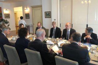 Полная поддержка соглашения: послы G7 встретились с миссией МВФ в Украине