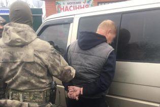 На Киевщине вооруженный пенсионер МВД напал на полицейских, освобождая задержанного за разбой
