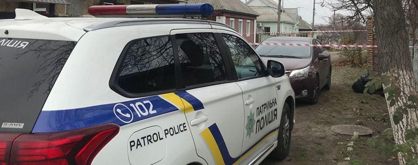 В Одесской области мужчина с топором взял в заложники сестру и трех ее детей