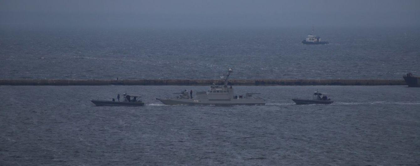 Матіос опублікував фото та відео пошкоджень захоплених РФ українських кораблів