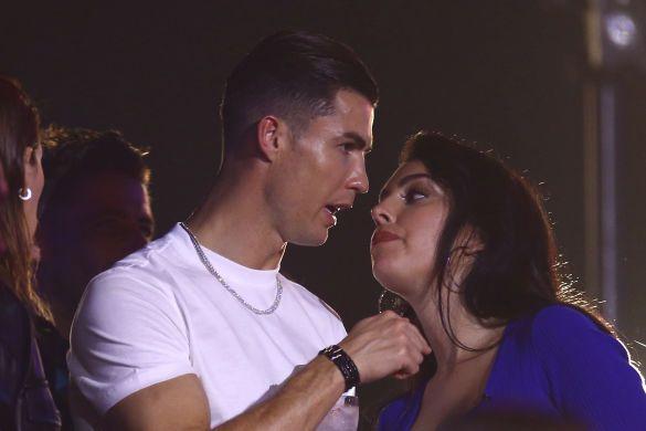 Роналду и Джорджина на MTV_8
