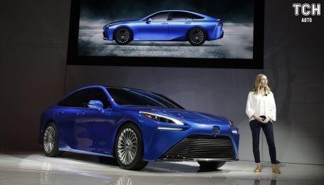 Водородный электрокар Toyota Mirai представили после обновлений