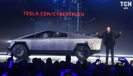 Илон Маск официально представил пикап Tesla Cybertruck и квадроцикл