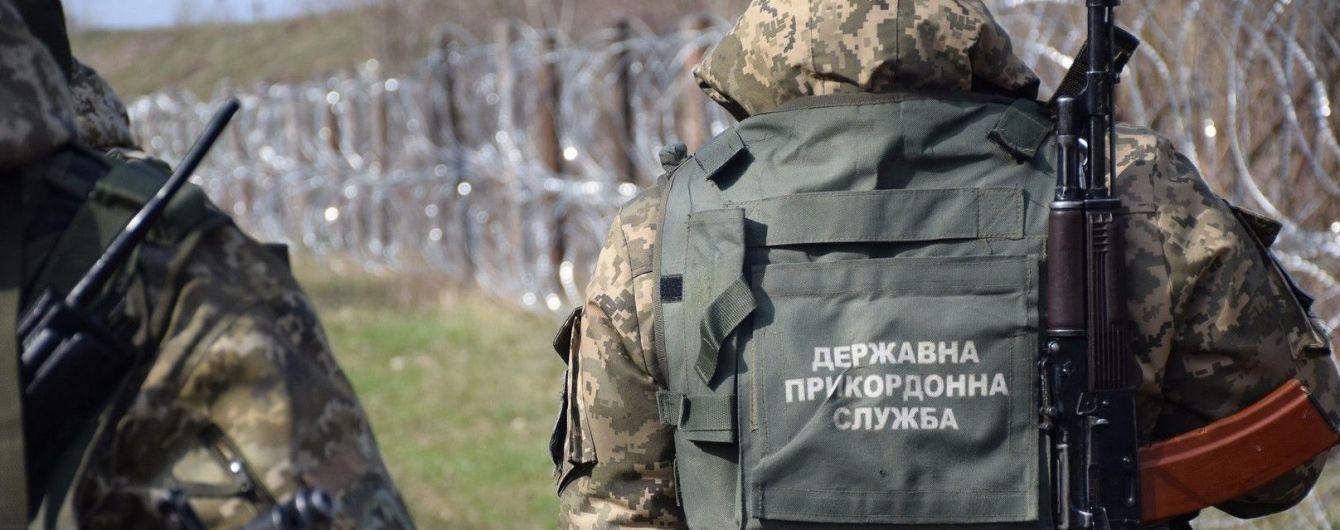 На Буковине пограничники обстреляли контрабандистов на границе с Молдовой: есть раненые