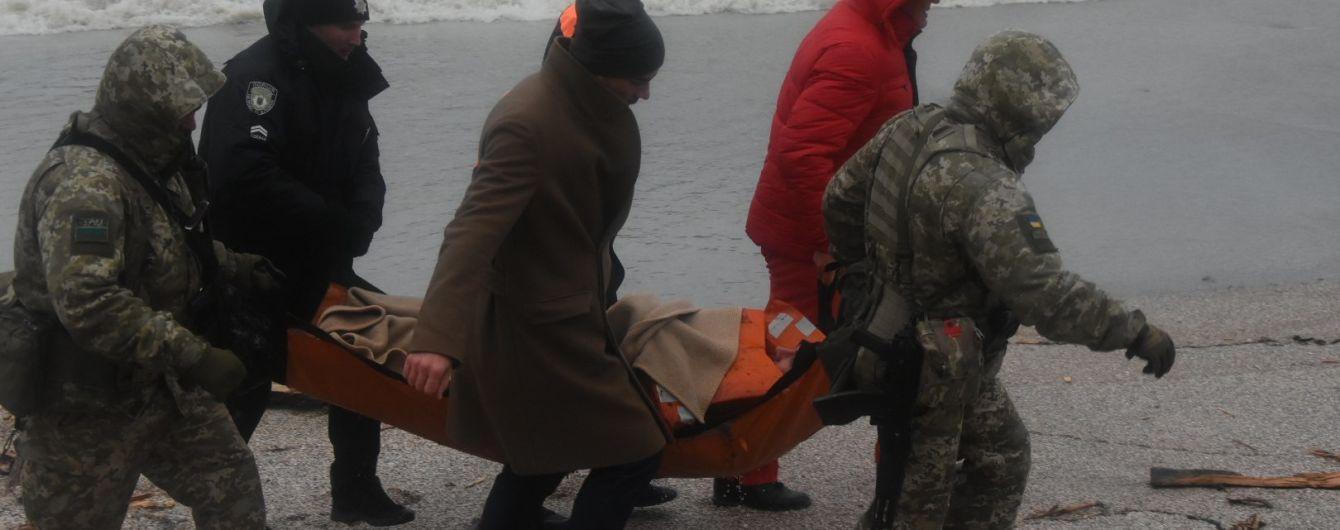 Кораблекрушение в Одессе: с судна эвакуировали весь экипаж