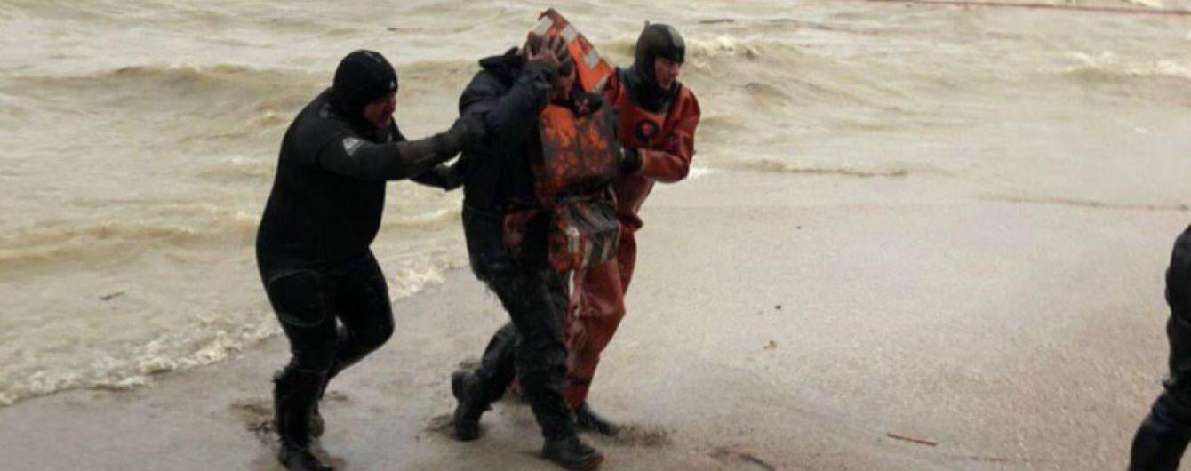 Кораблекрушение в Одессе: владелец судна грозил оставить экипаж без зарплаты в случае эвакуации