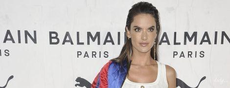 У білому топі і обтислих штанах: Алессандра Амбросіо прийшла на вечірку в сексуальному луці