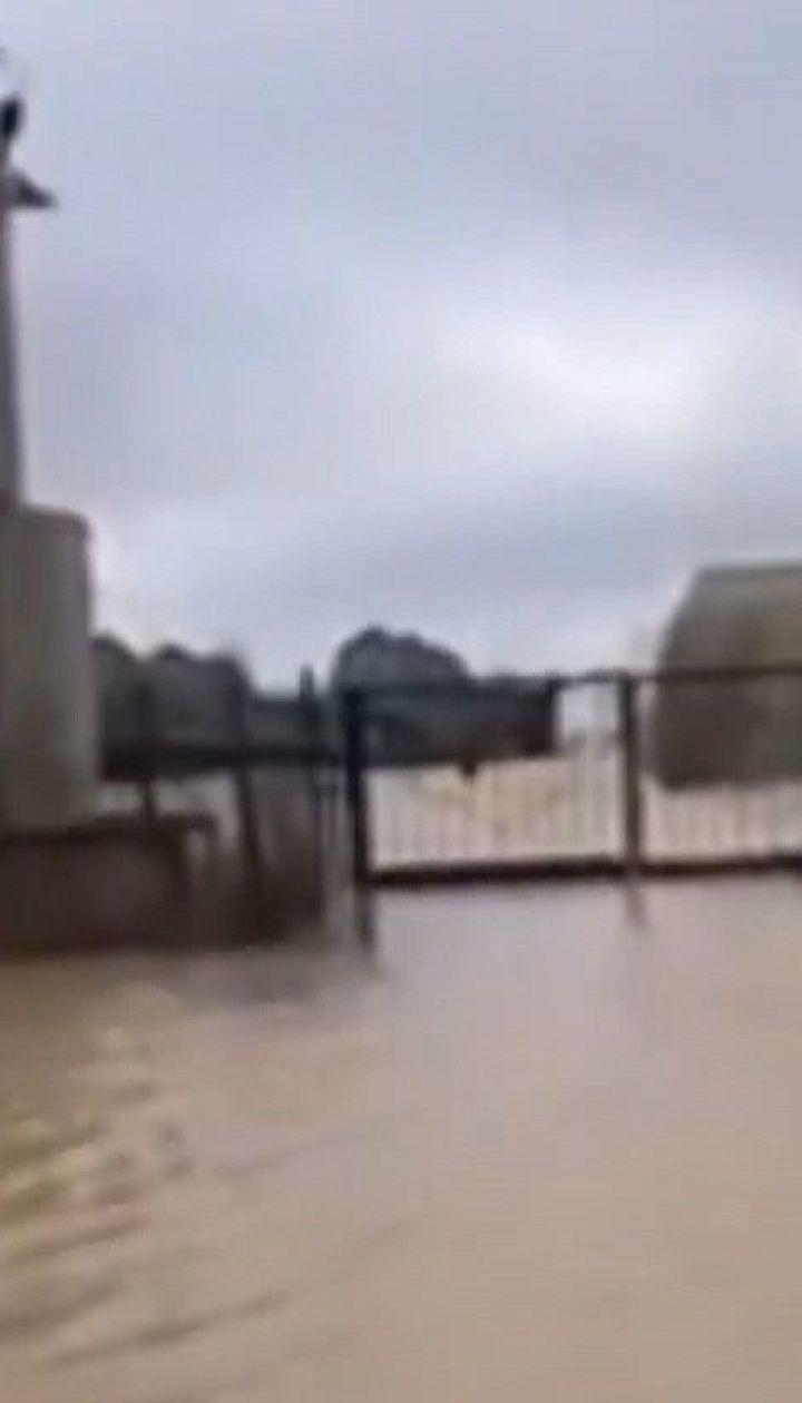 В курортной Кирилловке затопило десятки пансионатов и баз отдыха
