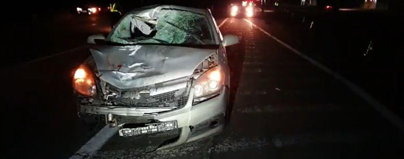 Мужчину и женщину разорвало на куски: под Киевом произошли два жутких ДТП с пешеходами
