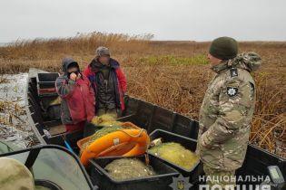 В зоне ЧАЭС полиция задержала супружескую пару браконьеров, которые наловили рыбы на 50 тыс. грн
