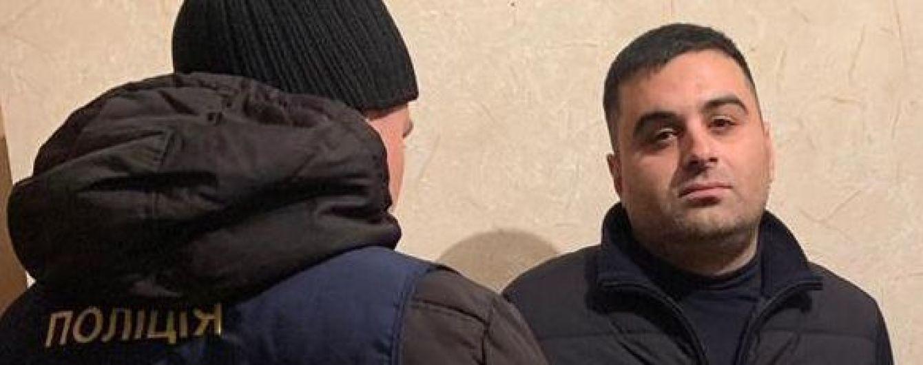 """На Рівненщині схопили """"злодія в законі"""", якому заборонено в'їжджати до України"""