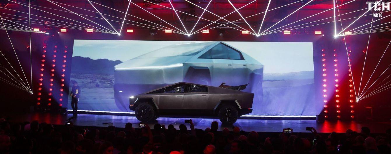Заказы на новый пикап Tesla перевалили за 200 тысяч