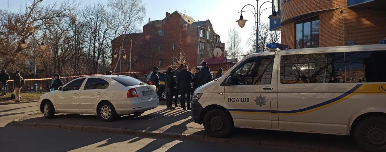 Полиция разыскивает подрывников авто в центре Харькова: пострадавшему адвокату ранее угрожали