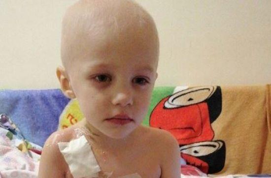 Допоможіть маленькому Марку здолати лейкоз