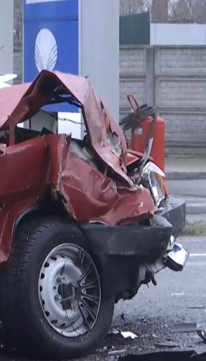 На Вінниччині зранку через ожеледицю сталося 29 дорожніх аварій