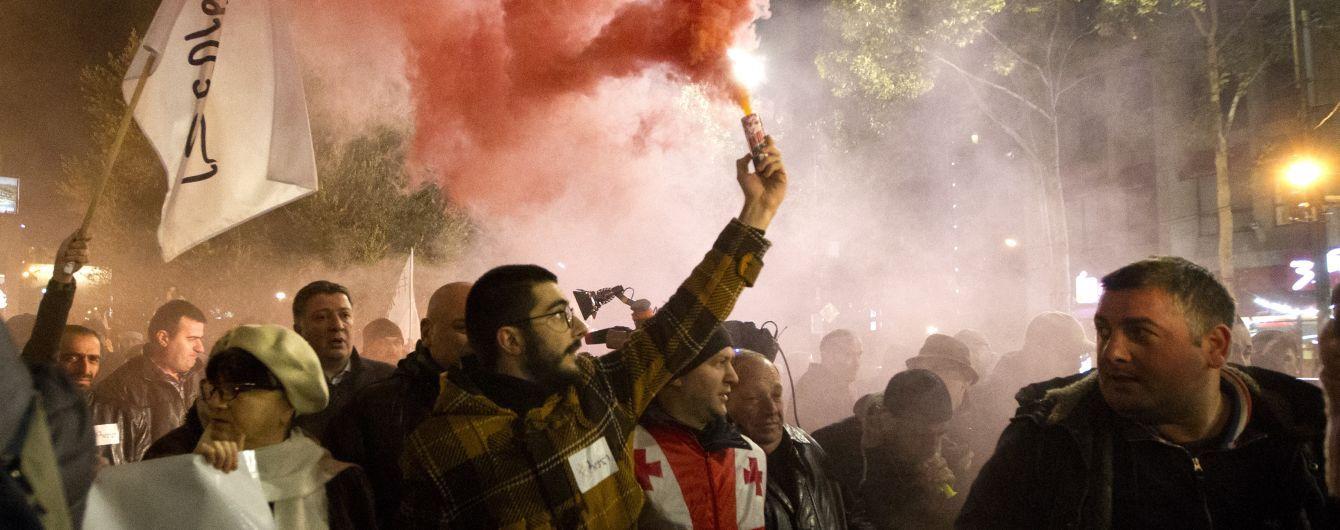 У Грузії відновилися протести опозиції