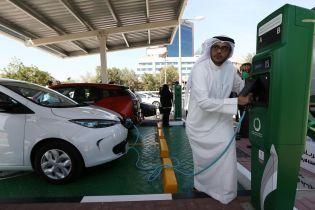 В Дубае на год продлили программу лояльности для электрокаров