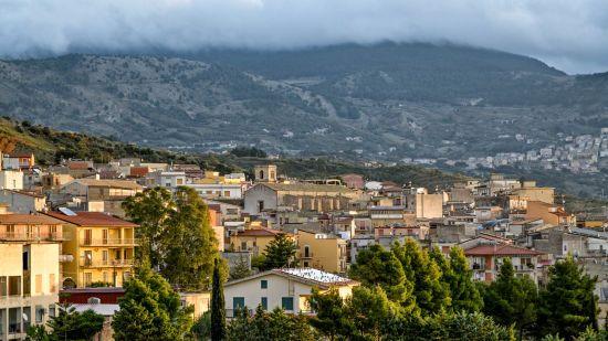 У італійському містечку Бівона продають будинки вартістю один долар